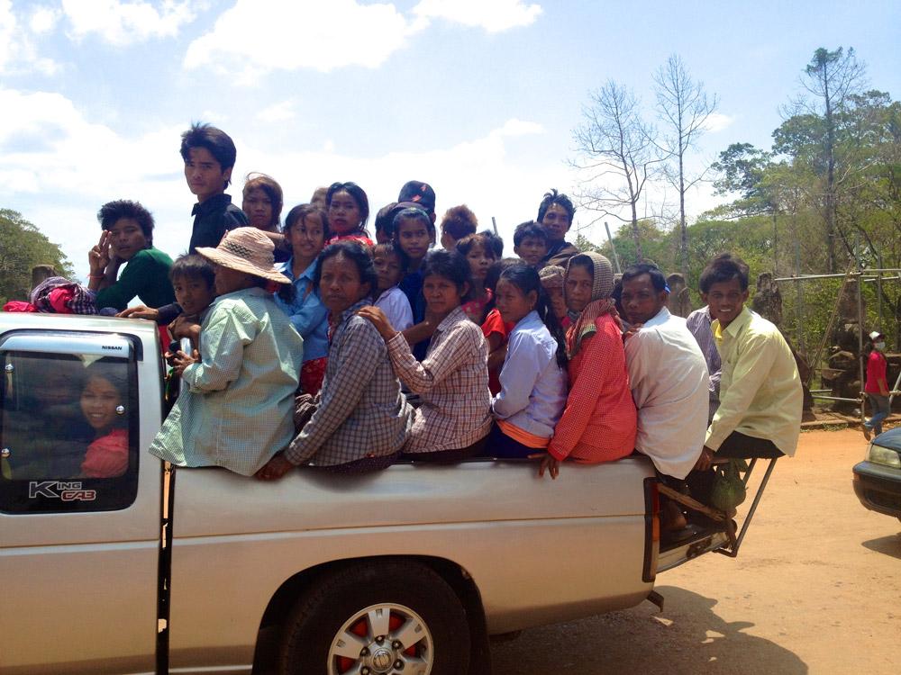 monique-camboja-seam-reap