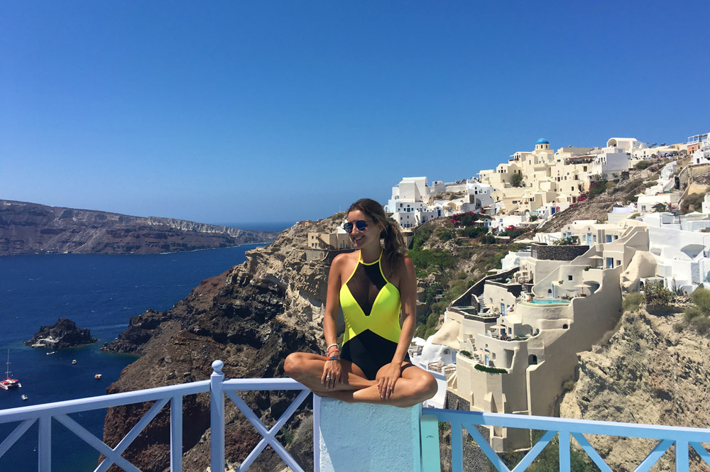 monique-santorini-grecia